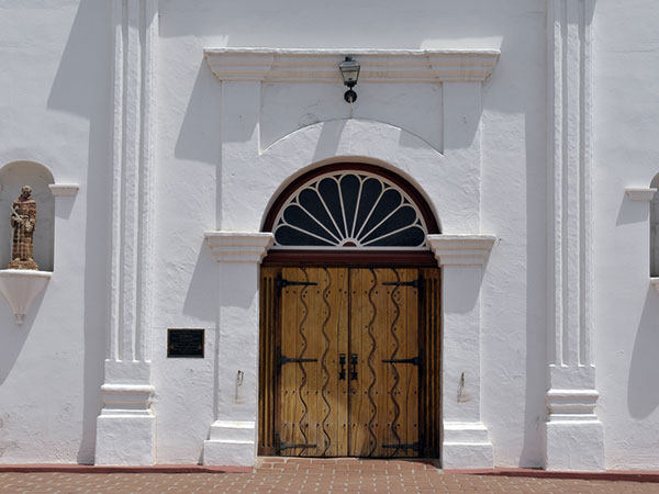 Mission doors. The  flowing water  design was a common mission ... & San Luis Rey de Francia - California Mission Guide pezcame.com